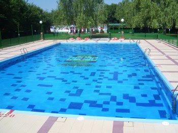 El maestro de obras xavier valderas las piscinas for Piscina el guerra