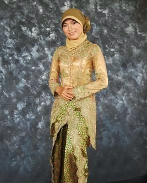 Model kebaya muslim wisuda desain terpopuler