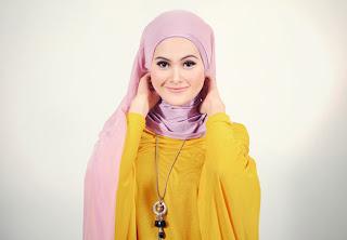 Turban Style dengan Jilbab Segiempat