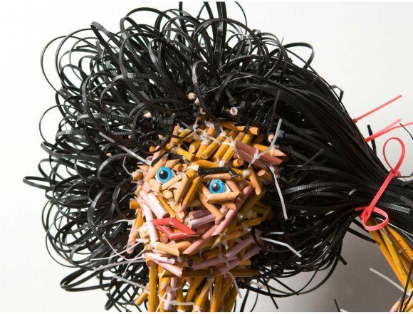 Federico Uribe esculturas lápis Filha - detalhe
