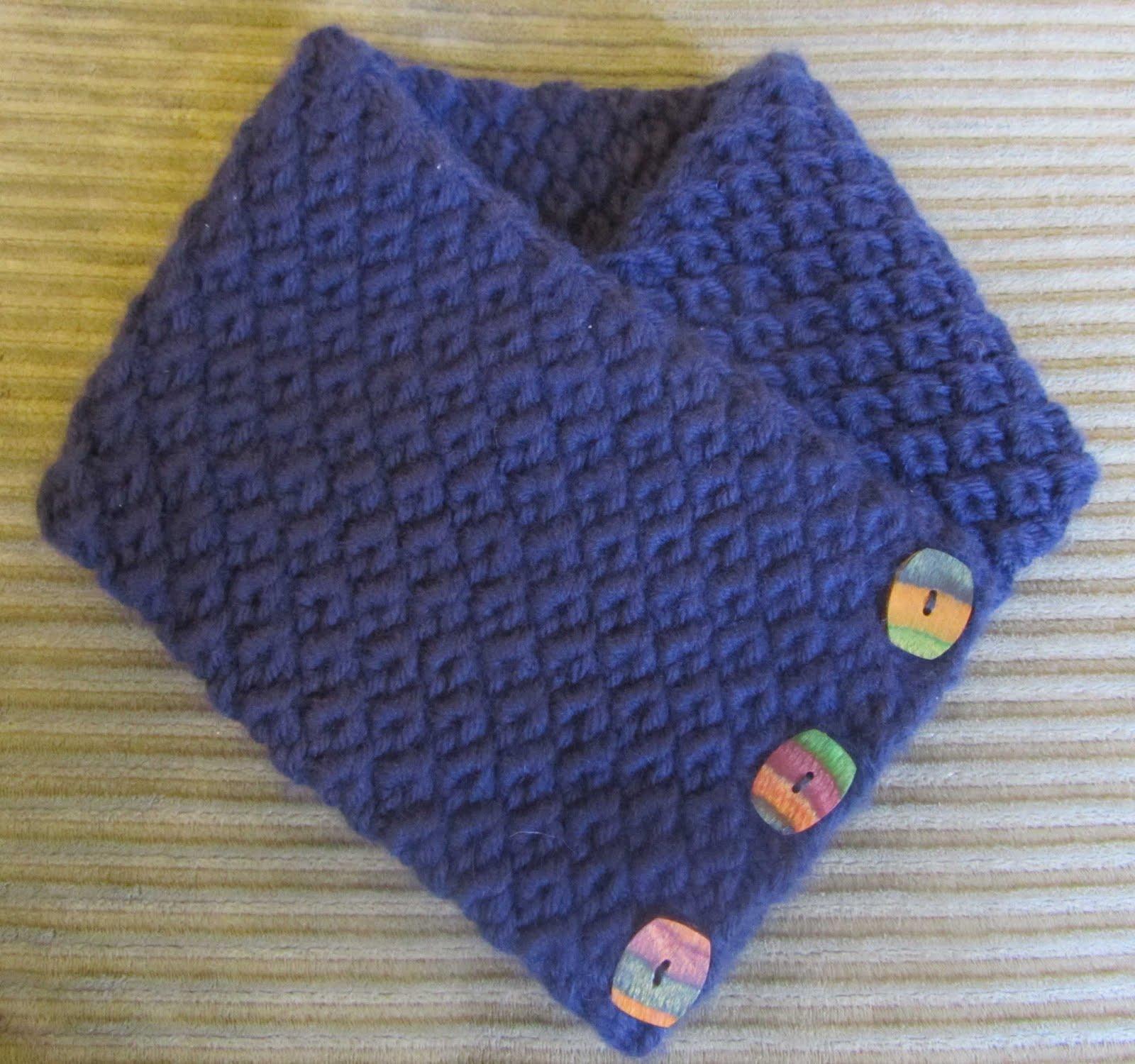 ChemKnits: Anemone Coat Check Scarf Knitting Pattern