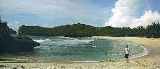 Pantai Wisata di Pacitan Jawa Timur