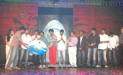 Pretty Adorable 7am Arivu Movie Audio Launch stills Cute
