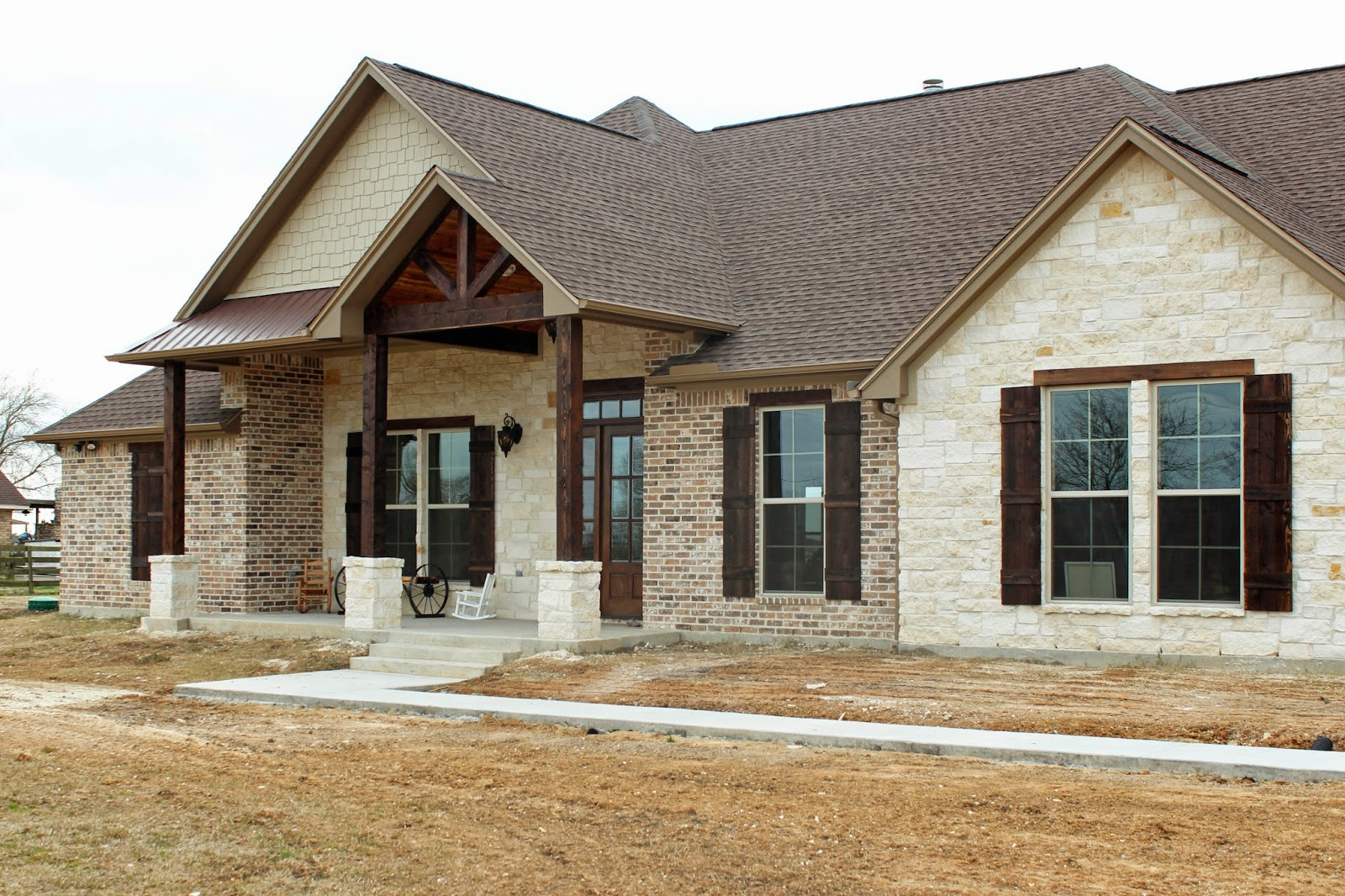 Harper custom homes a home with texas country flare for Build a house in texas