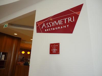Assymetri Restaurant in Raddison Blu Hotel Yas Island Abu Dhabi
