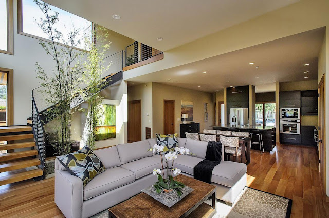 Interiors of the Contemporary Style Home in Burlingame