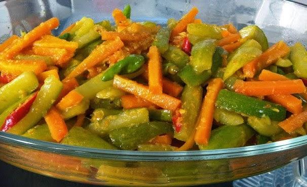 resep acar ini adalah acar timun wortel kuning matang karena