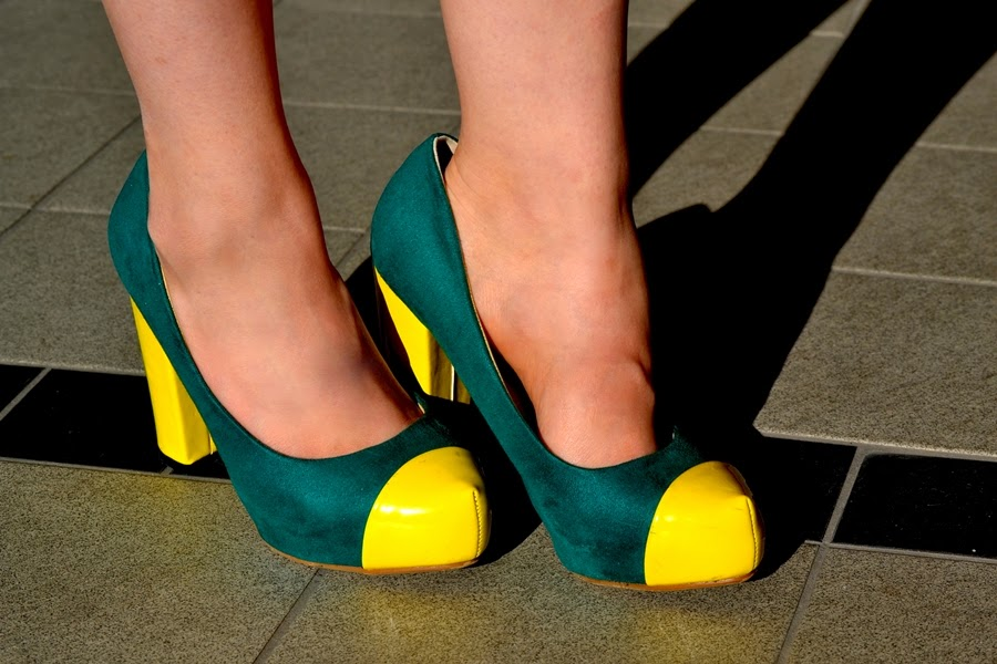 high heels in green and yellow