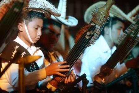 gambar kumpulan lirik lagu dan musik daerah NTT: Nusa tenggara timur
