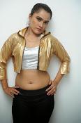 New Actress Pooja glam pics-thumbnail-5