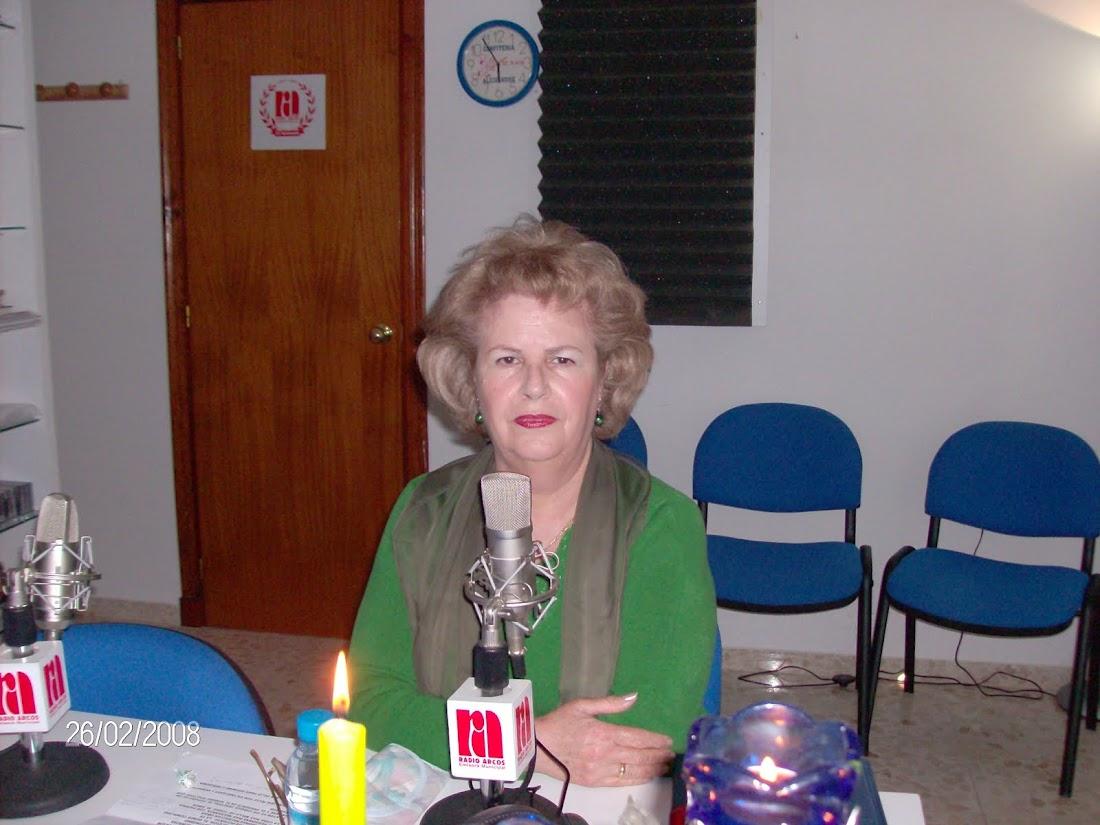 ESTA NOCHE EN NOSTALGIA BAJO LA LUNA DE RADIO ARCOS