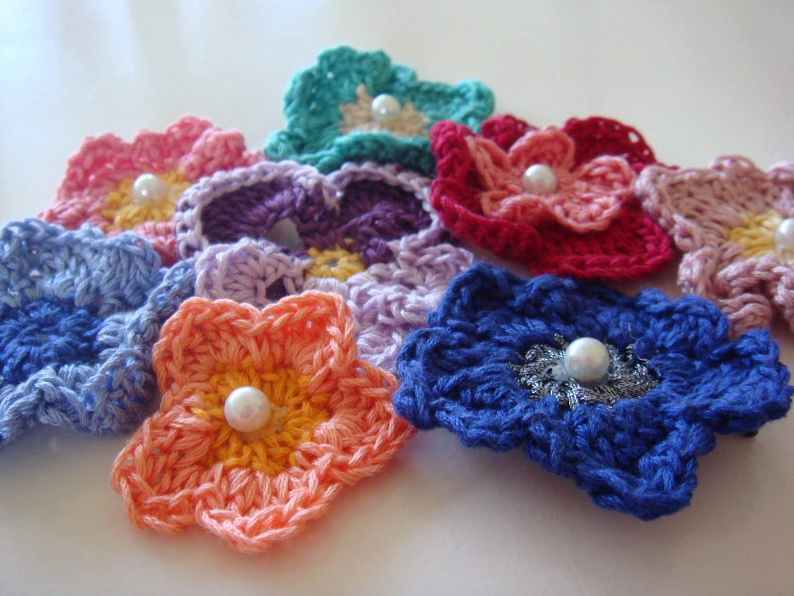 Crochet Hair Accessories Video : Recycled DIY: crochet hair accessories