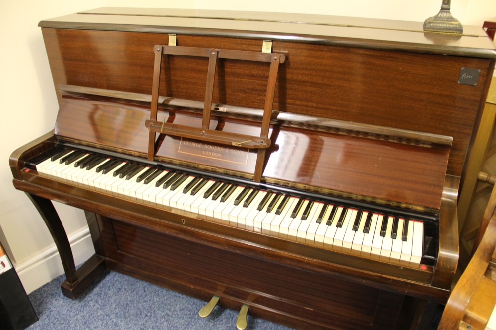 beginner pianos for sale over 100 new used pianos in stock free delivery nationwide. Black Bedroom Furniture Sets. Home Design Ideas
