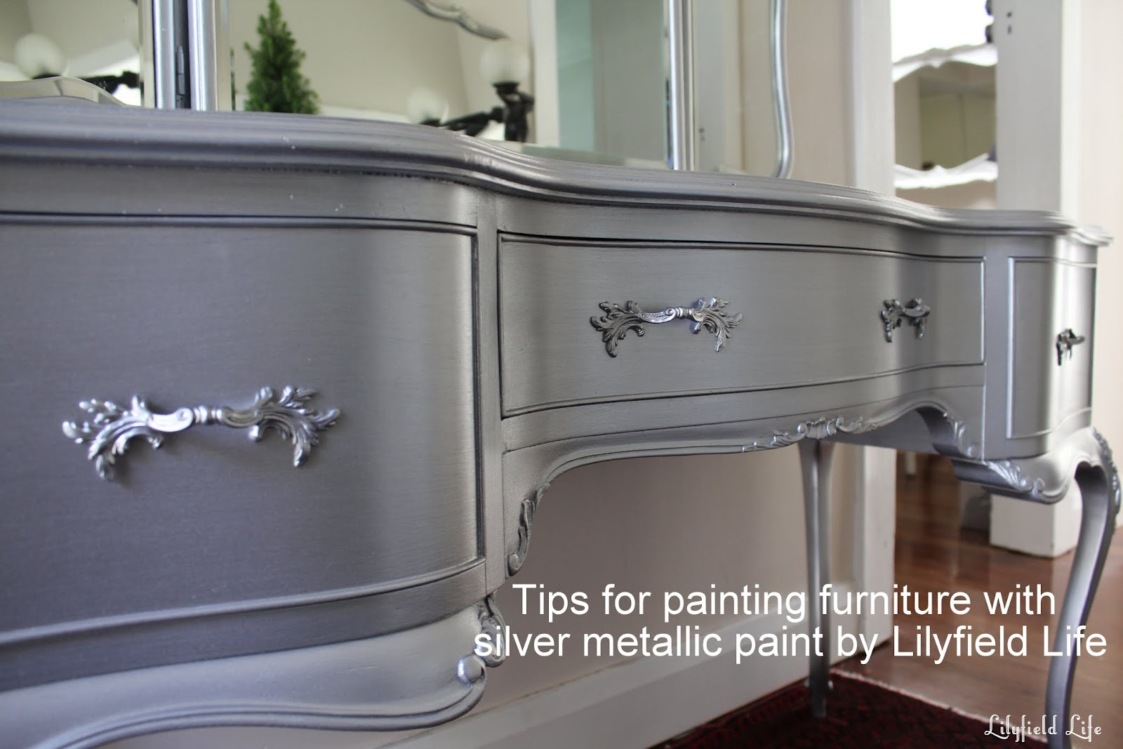 Awesome Tips On Using Metallic Paint And A Silver Painted Dressing Table Set
