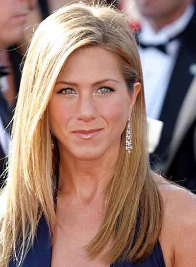 Jennifer Aniston Biography - Childhood, Life Achievements ...