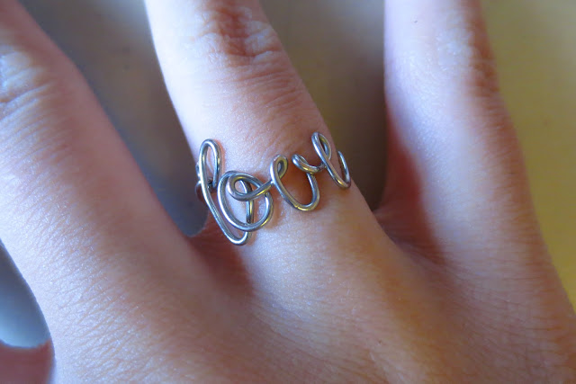 diy love wire ring