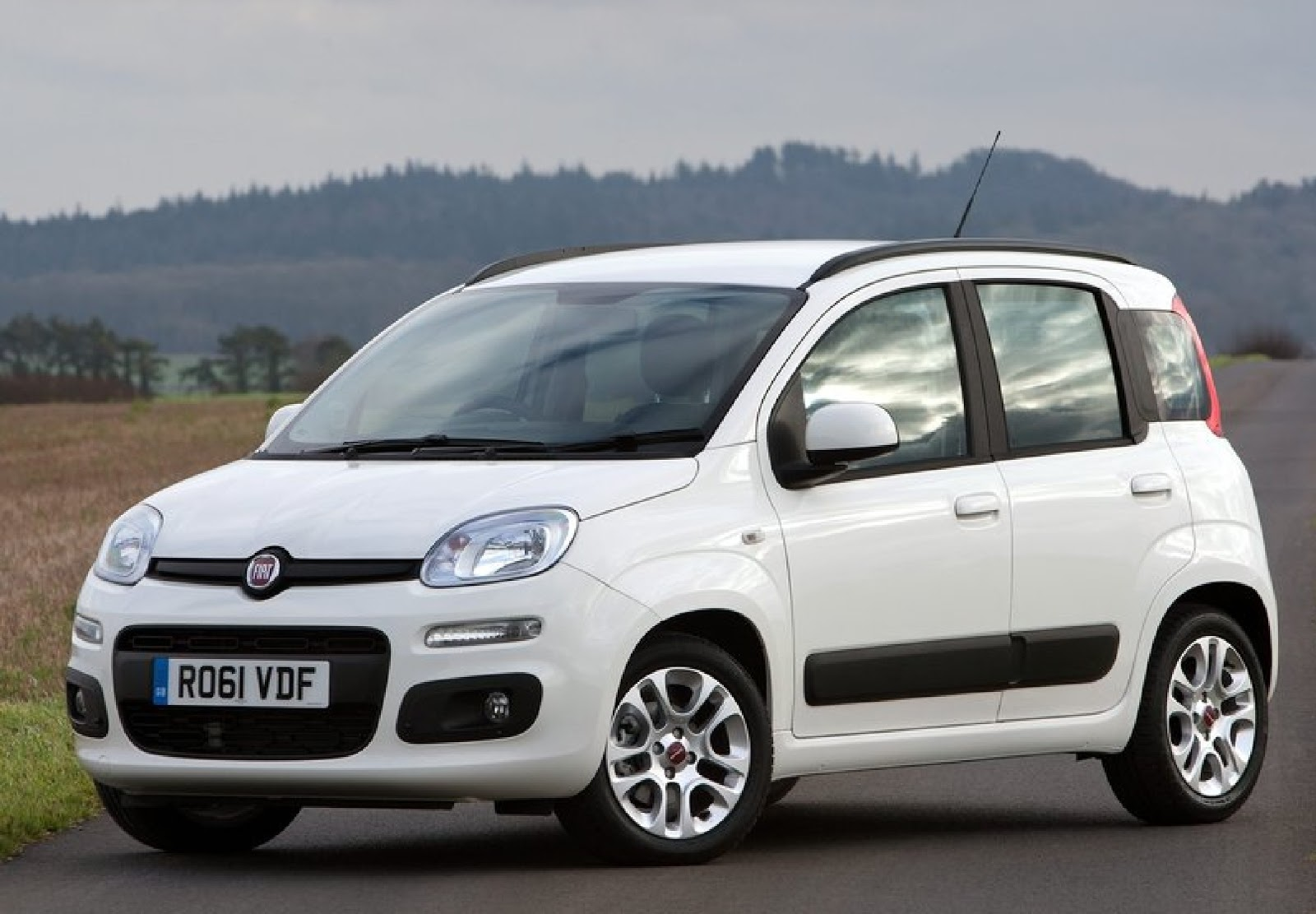 2013 fiat panda uk version auto cars concept. Black Bedroom Furniture Sets. Home Design Ideas