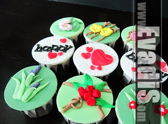 Picture of flower cupcakes from side view