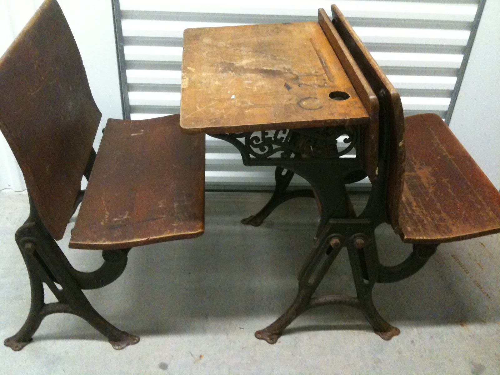 Desks: Old School Desks