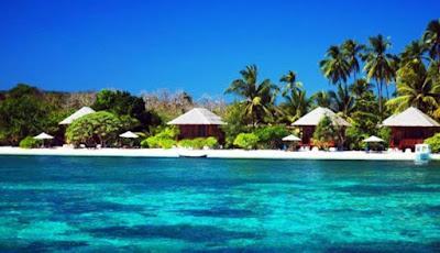Pulau Moyo dengan beragam keindahan pantainya