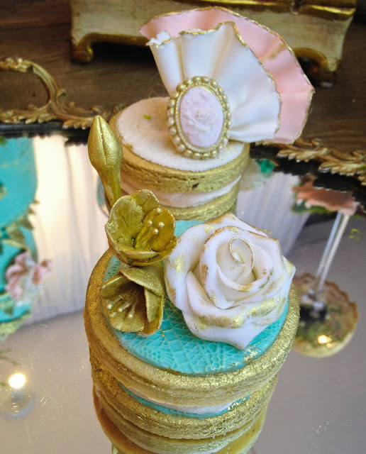 mint and gold vintage couture designer cookie by Cupcake et Macaron Montreal