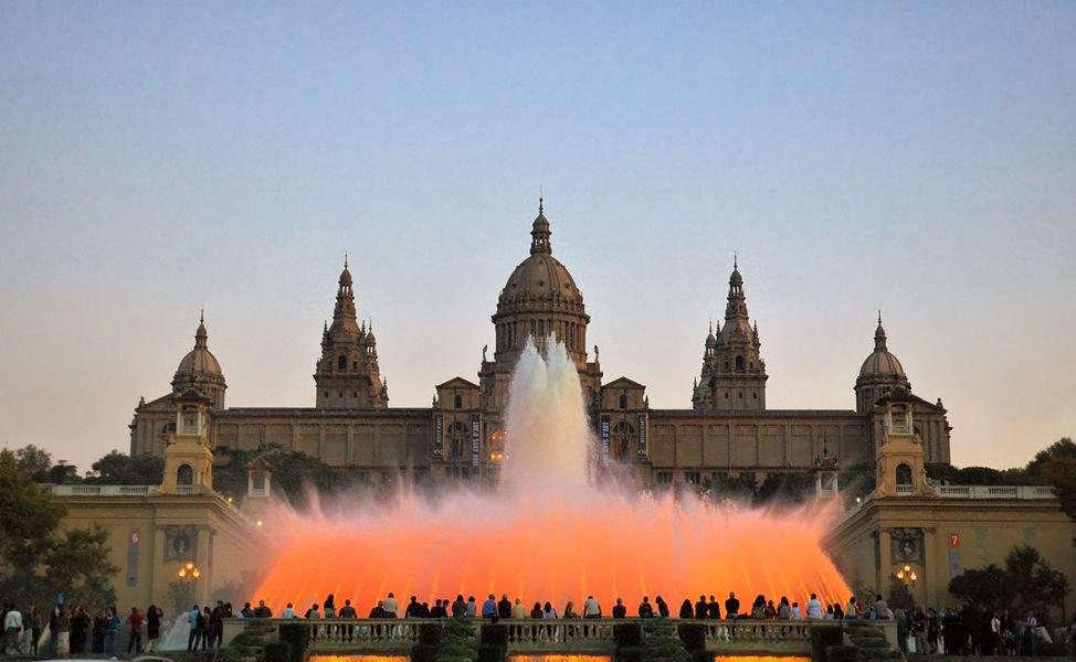 Palacio Nacional - Fuente Mágica