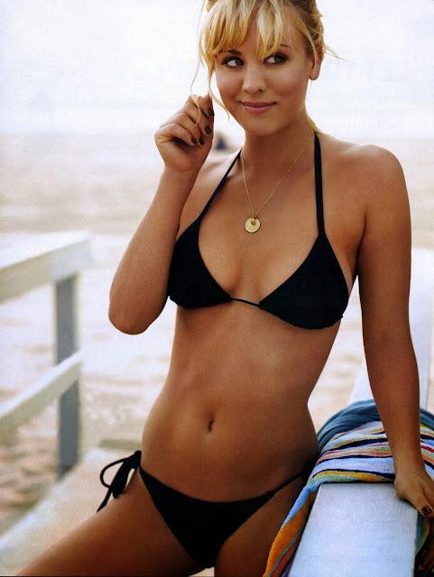 Kaley Cuoco en bikini