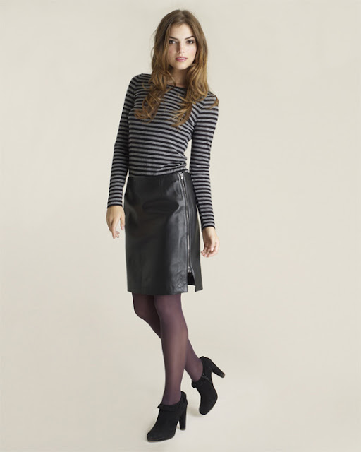 exposed  zip blakc lether pencil skirt