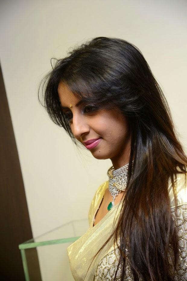 Sanjjanaa at Hiya Jewellers Event Photo Shoot
