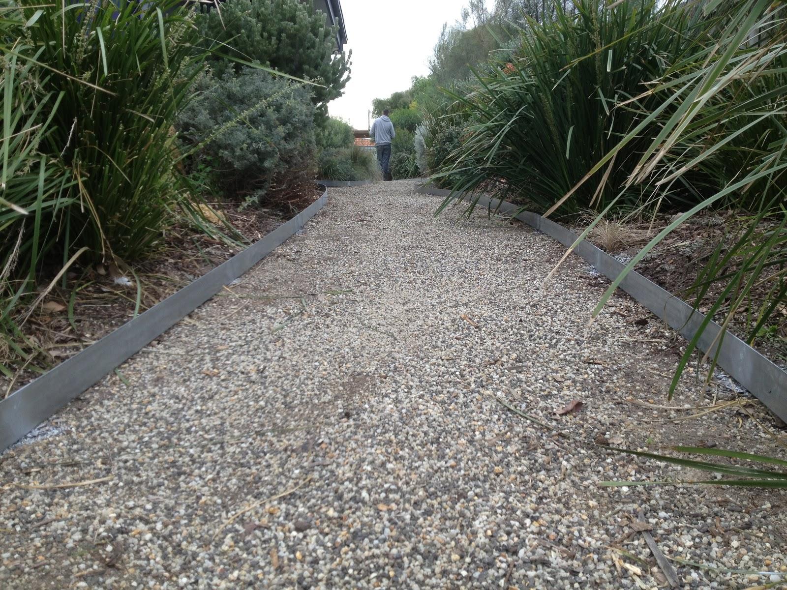 Scorpio landscaping geelong scorpio landscaping geelong for Low maintenance garden edging
