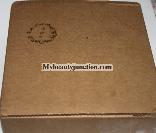 Lip Factory Box December 2013 review, unboxing and photos: International beauty box