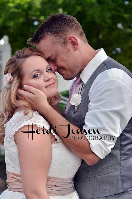 http://www.heidijensenphotography.com/search/label/Wedding