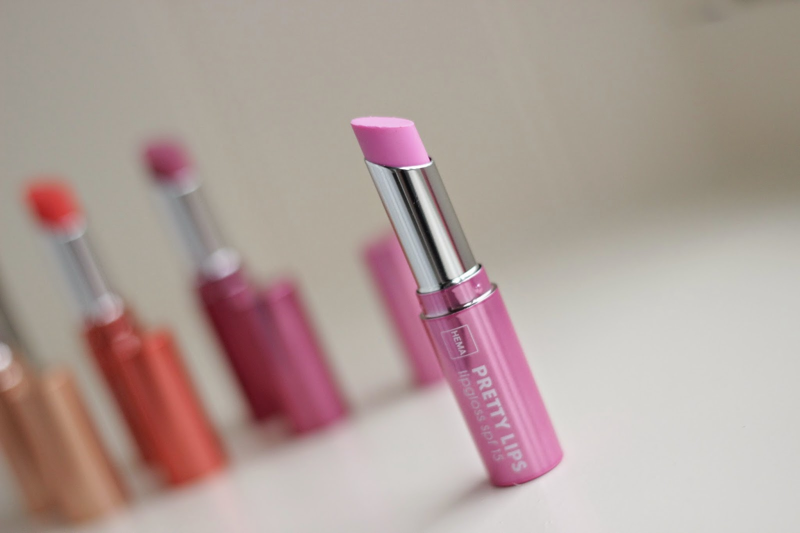 hema pretty lips lipgloss pretty pink