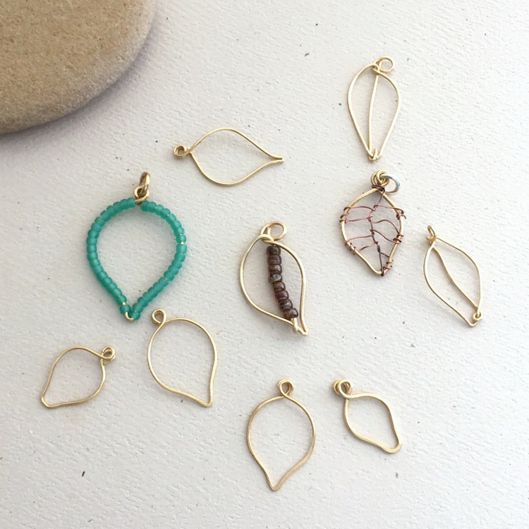 Lisa Yang\'s Jewelry Blog: Making Wire Leaves