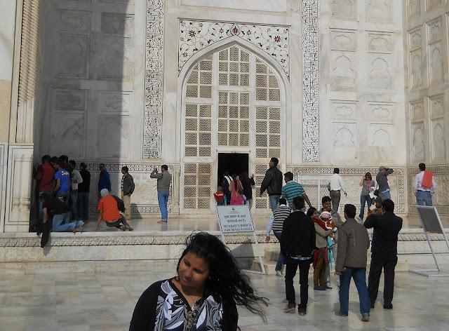 Вход в гробницу Тадж-Махала