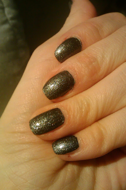 OPI Suzi Skis in the Pyrenees SUEDE with shiny top coat