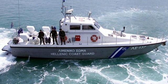 Πτώση οχήματος στη θάλασσα στο Παλαιό Φάληρο με ένα νεκρό