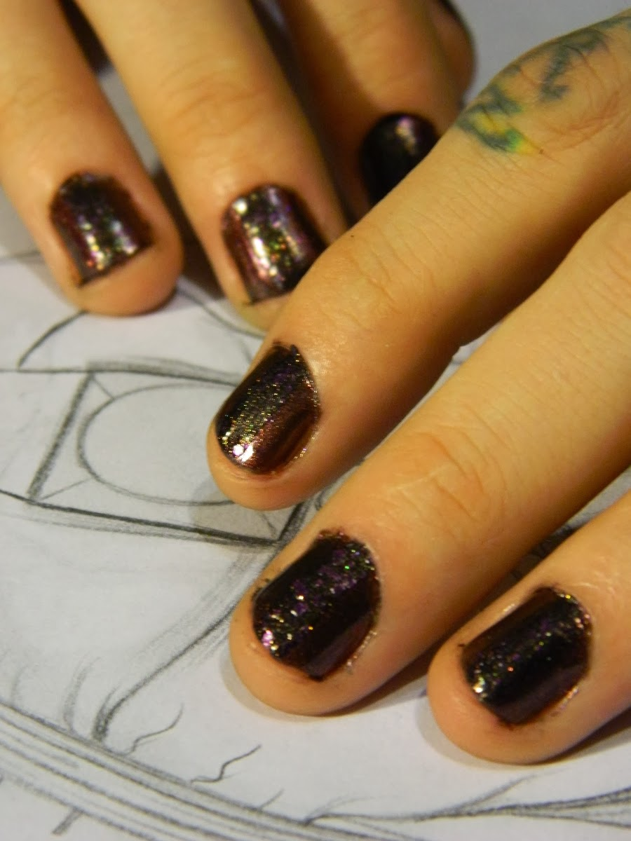 Dark Glitter Stripe Nail Art Tutorial: Maybelline Color Show 420 Wine & Dined and 765 Amethyst Couture