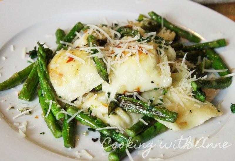 Crispy Ravioli with Asparagus