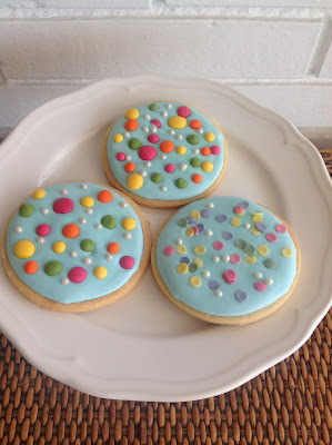 galletas decoradas con topitos de colores