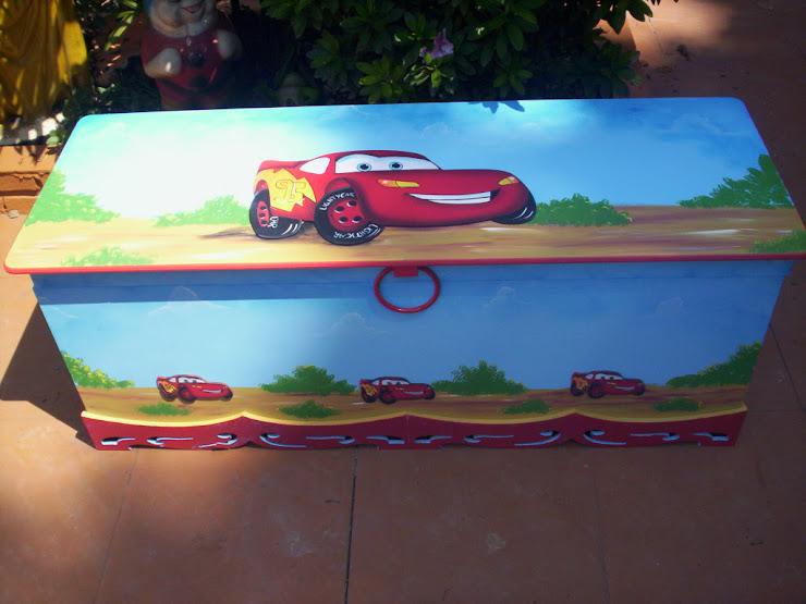 Bau extra grande Carros R$ 350,00