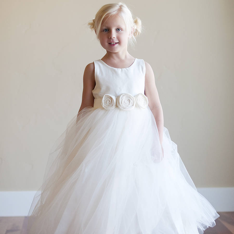 bridal fashion show seaside flower girl dress