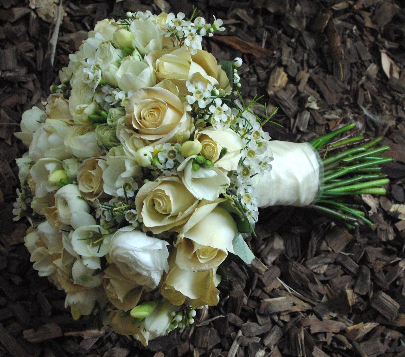 Wedding Ideas Queensland: Queensland Wedding Flowers: Wedding For Angela