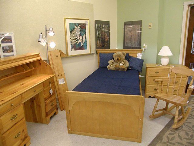 ... Donations Habitat For Humanity Receives. Look At The Collection Of  Childrenu0027s Furniture Below. You Can Outfit A Childu0027s Room For A Fraction Of  What You ...