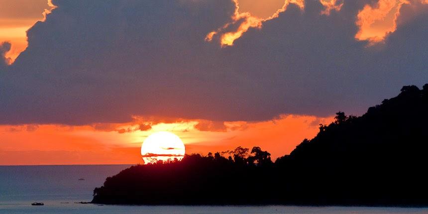 Borneo sunset in Sabah, Malaysia