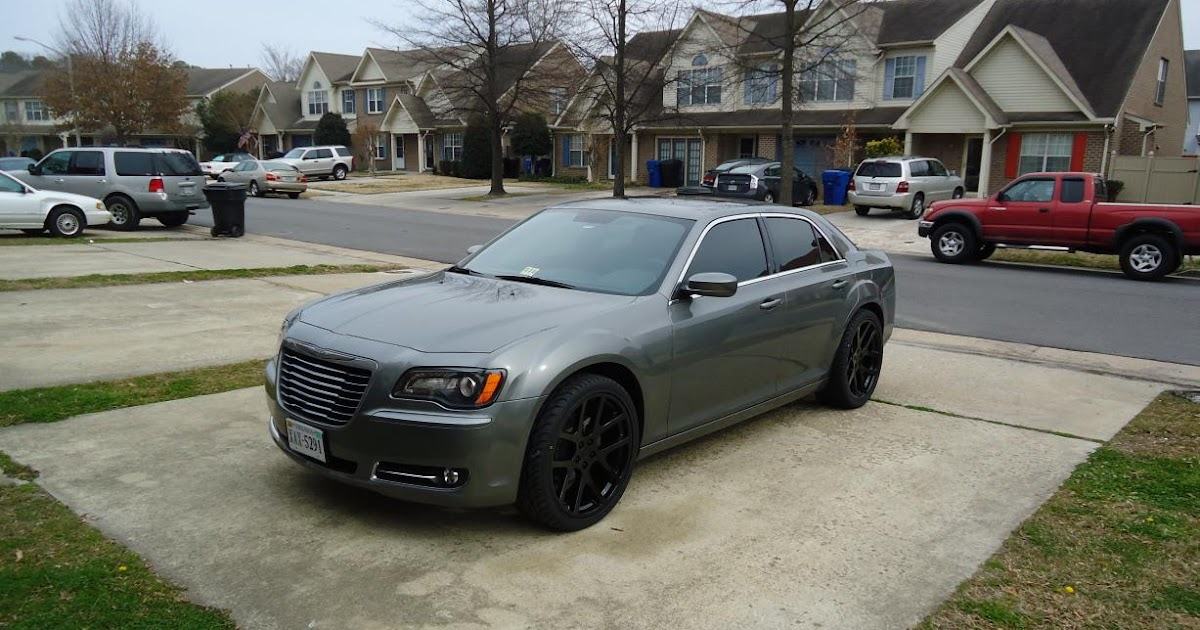 I Blacked Out >> Only the Cleanest Cars with Rims: 2012 Chrysler 300 S on 22 Inch Viper Rims Blacked Out