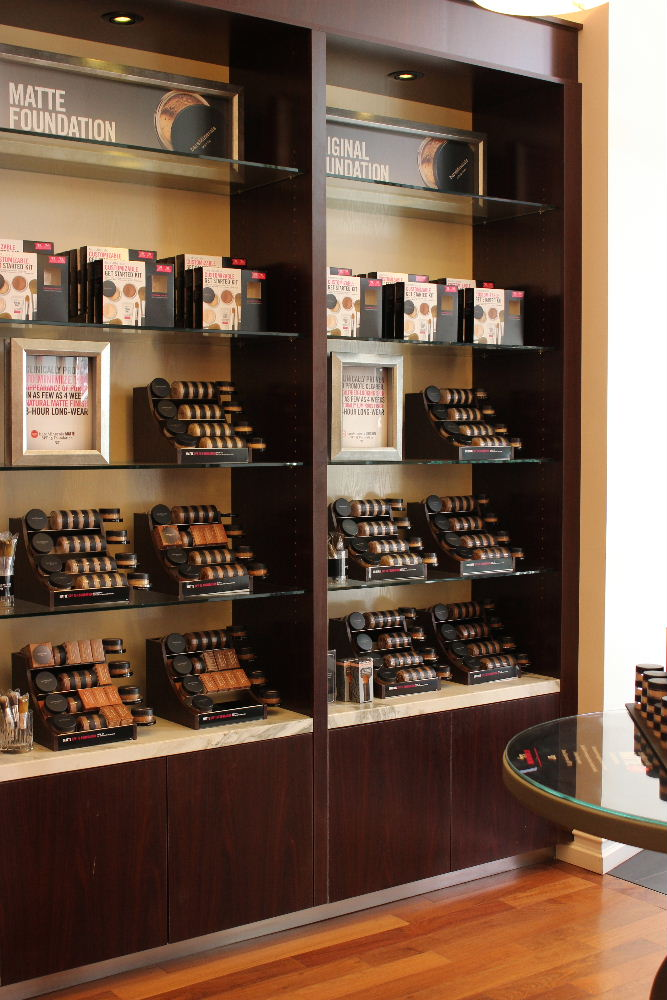 boutique bareMinerals