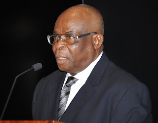 BREAKING: Buhari govt refuses to back down as CCB formally serves CJN Onnoghen