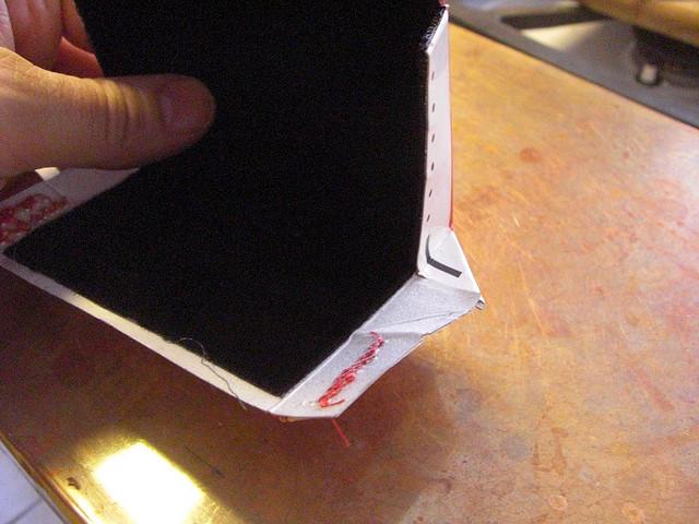 Capinha de celular feito com embalagens recicladas