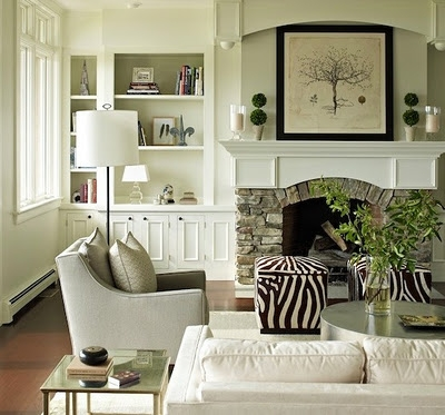 extra storage small living room decorating tips